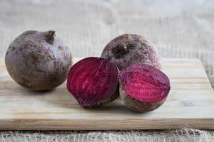 sfecla-rosie-nu-este-panaceu-cancer-nutritie