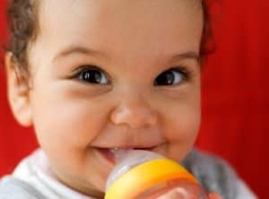caria-de-biberon-nutritie-pediatrica